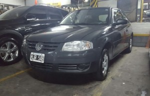 VOLKWAGEN GOL POWER 2008 80000KM (2)
