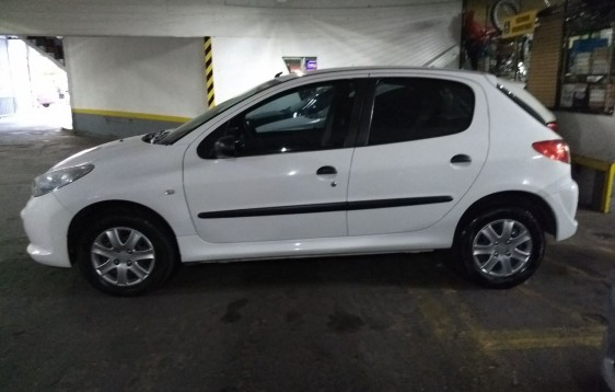 PEUGUEOT 207 XR 1,4 2012 70000KM (8)