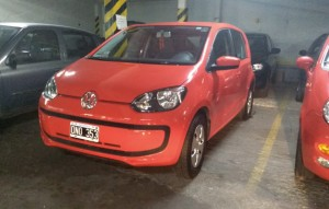 VOLKSWAGEN UP (6)
