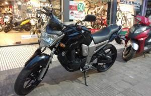YAMAHA FZ 16 2011 22000KM (7)